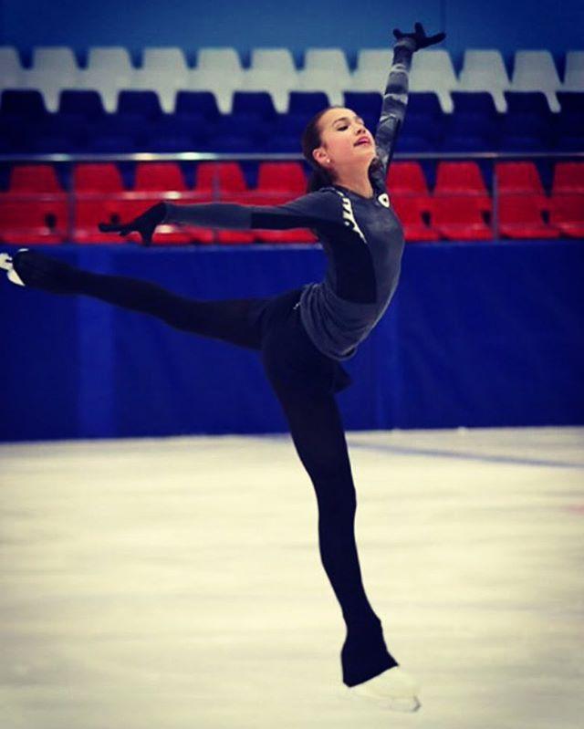 Алина Загитова на льду