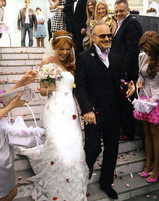 Наряды знаменитостей на свадьбах.