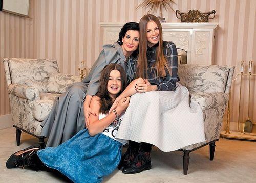 Дочки-матери: кто наступает на пятки звездам